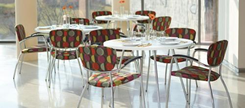 commercial-dining-ideas_cafe_wind