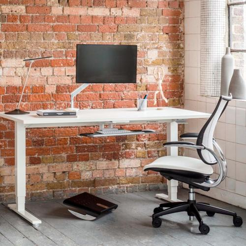 commercial-ergonomic-17_humanscale_float_height_adjustable_table_edit1